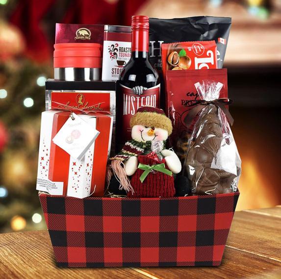 Composizione di cofanetti e cesti promozionali e natalizi